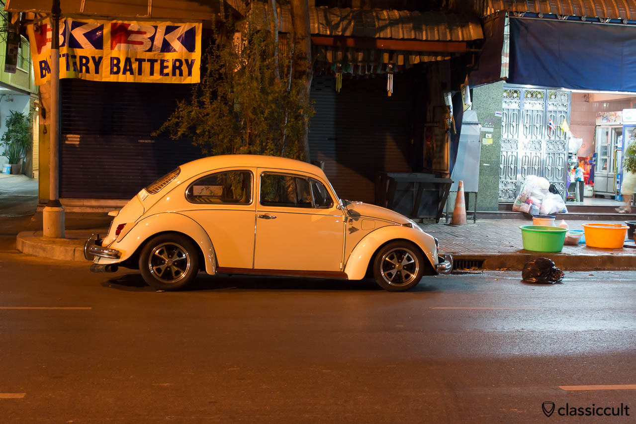 1968 VW 1500 Beetle side Bangkok