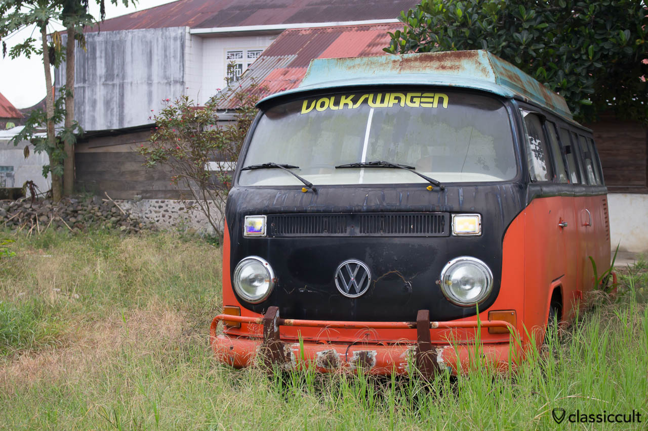 Pictures of VW Bus 181 Safari Bug in Bukittinggi Indonesia