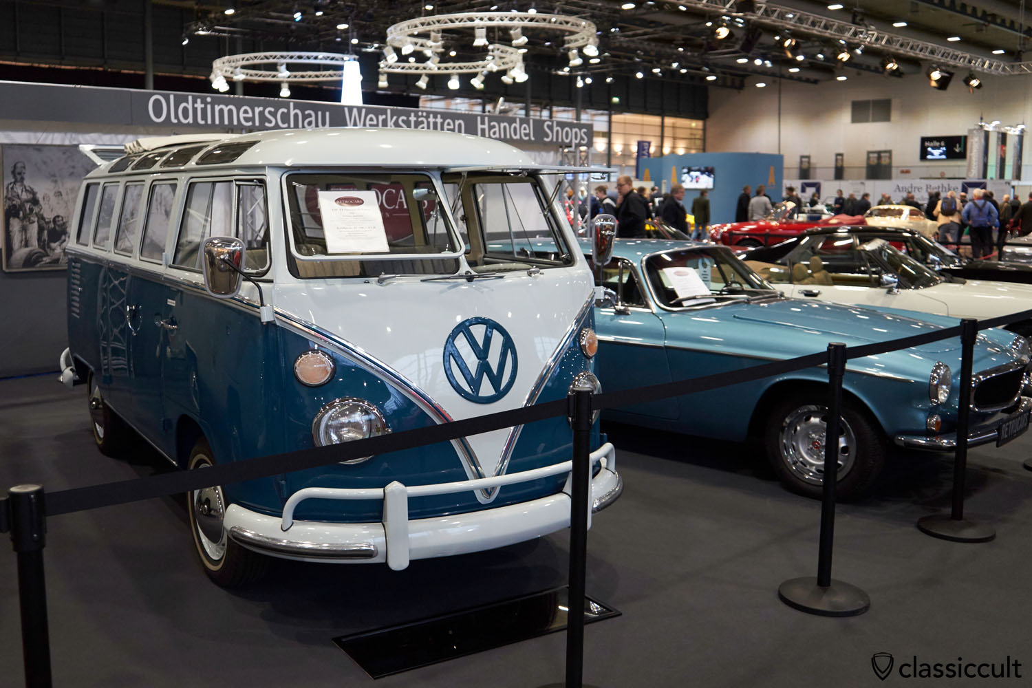 21-window VW T1 Samba de Luxe 1965, seeblau / perlweiss