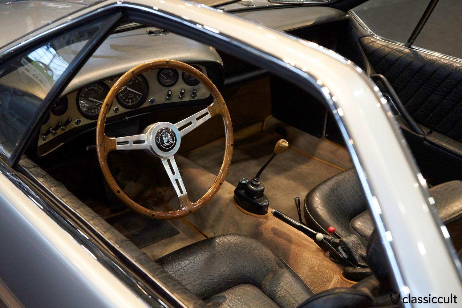 VW Karmann Ghia Roadster-Studie 1965 Prototyp, dashboard