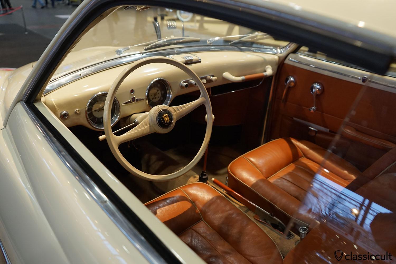 VW Karmann Ghia 1953 Prototyp dashboard