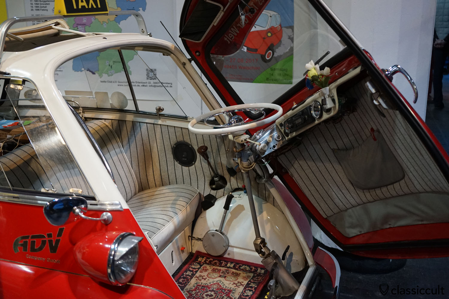 BMW Isetta dashboard
