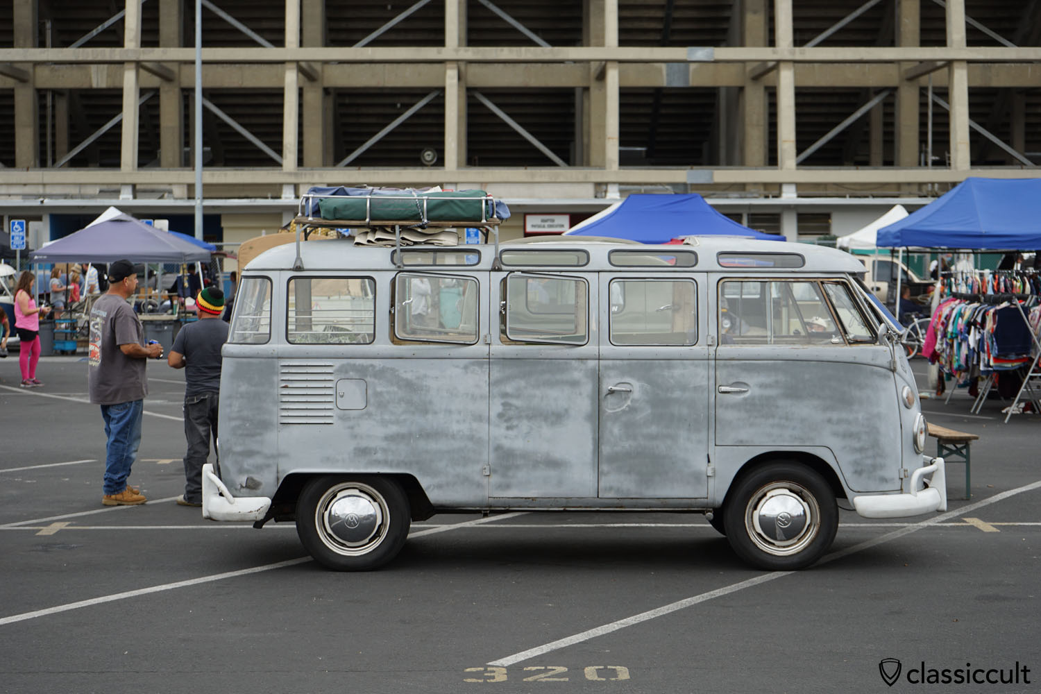 Octo vw bus meet june 10 2017 california classiccult for 1963 vw samba t1 21 window split screen campervan