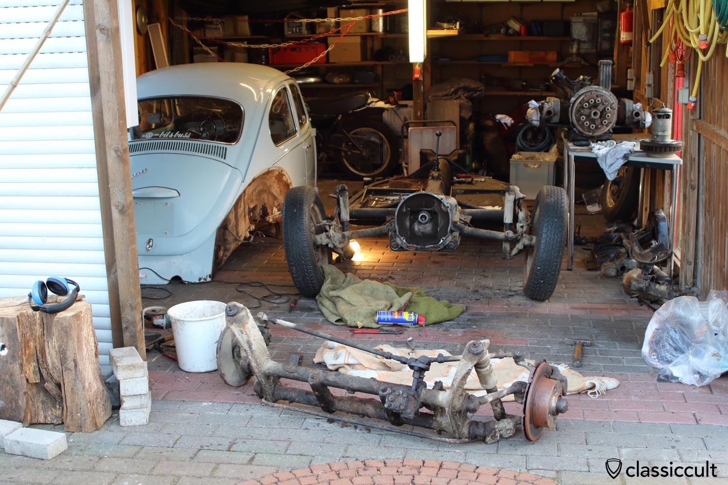 restoring vw beetle chassis