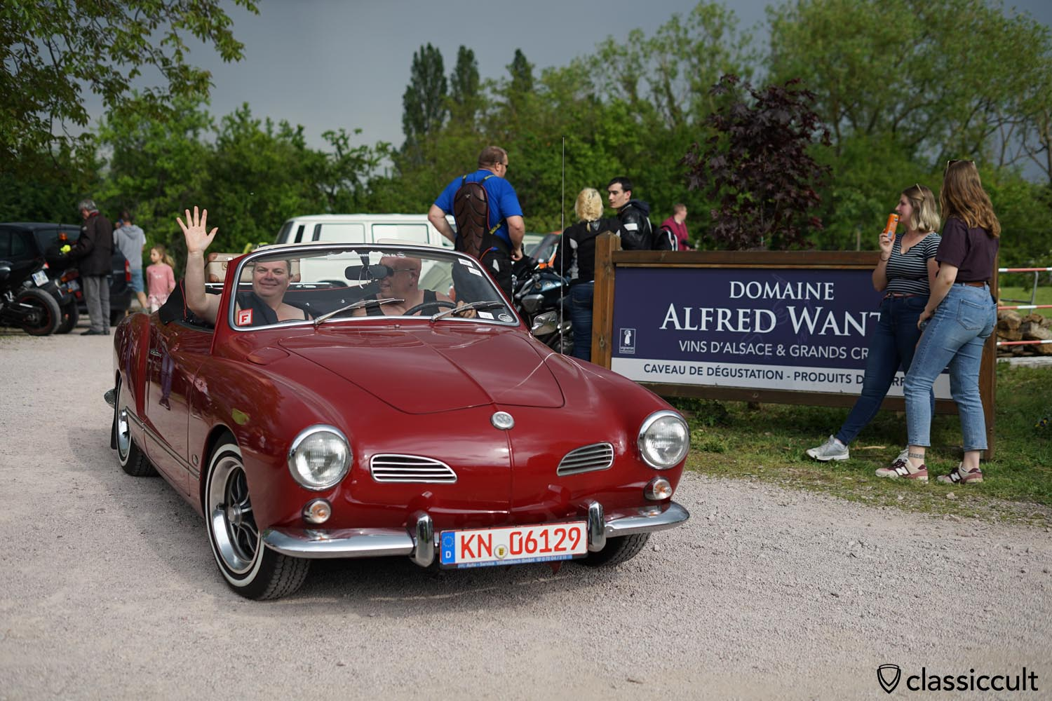 VW Karmann Ghia convertible