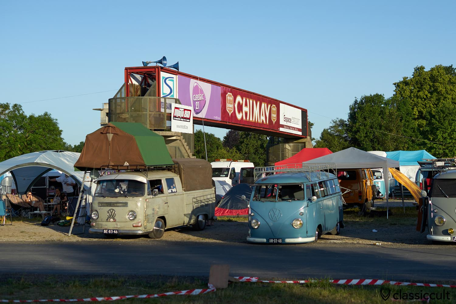 Kombi T2 Double Cab with Roof Top Tent