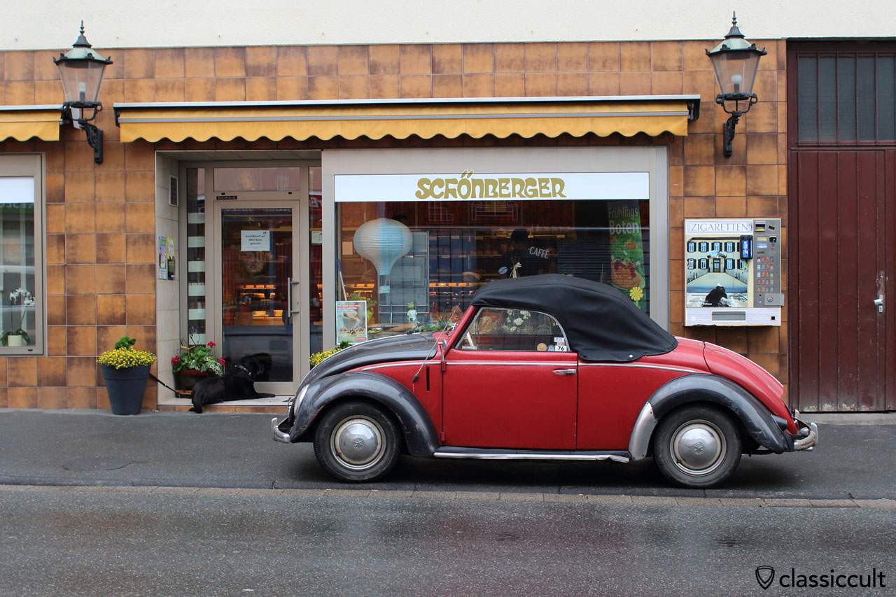 VW Hebmüller parking at Bakery Schönberger, owner inside and hunting for breakfast, Bad Camberg VW Meeting 2015, June 20, 8:50 a.m.