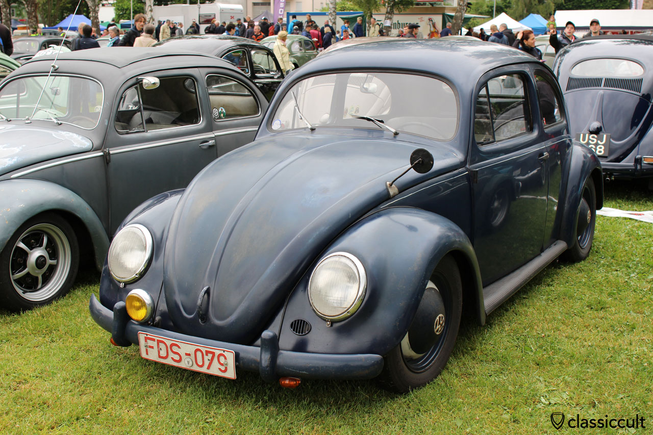 VW Standard Oval with cool side mirror
