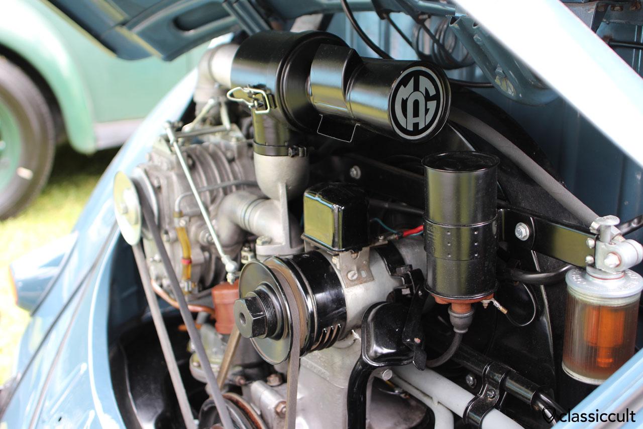 superb Split Window Bug, engine view