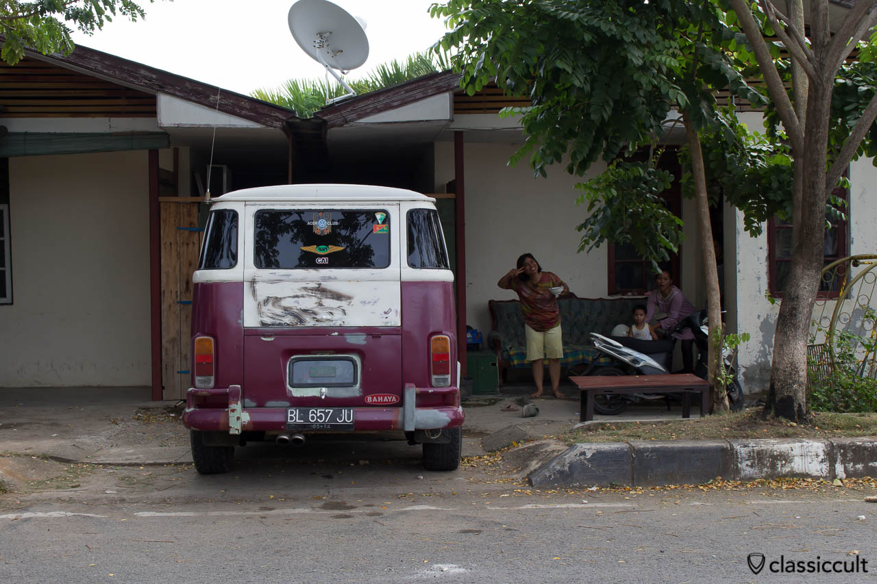 Brazilian VW Bay Bus in Banda Aceh Indonesia, with special antenna for RAPI (Radio Antar Penduduk Indonesia) Wilayah Kab. ACEH Utara, ACEH LHOKSEUMAWE VW Club Community