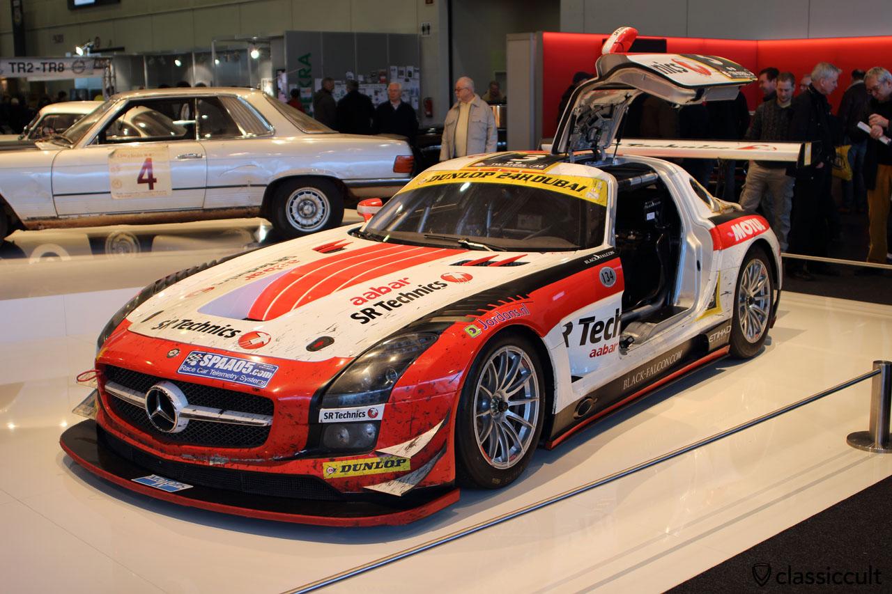 Mercedes racing gull-wing door