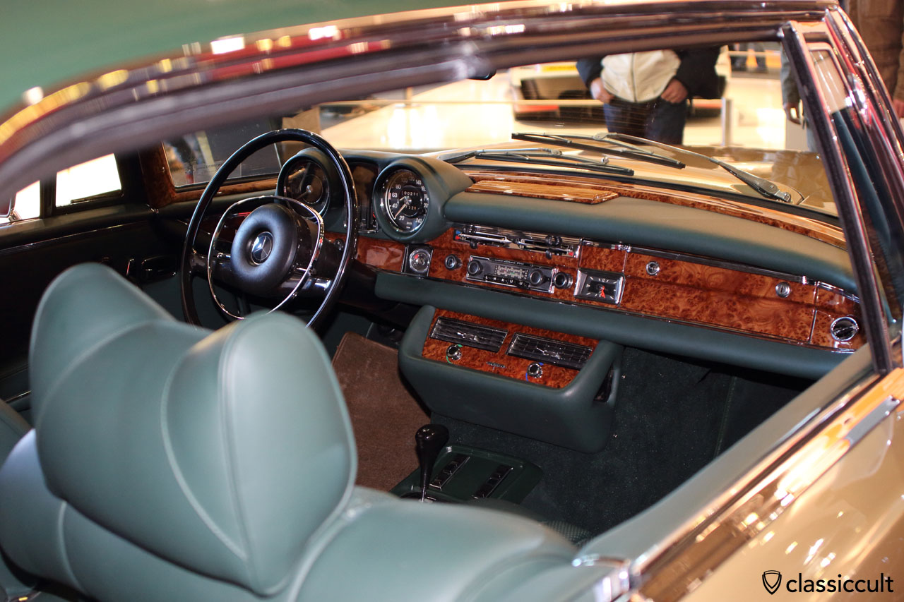 1971 Mercedes 280SE 3,5, awesome dash view