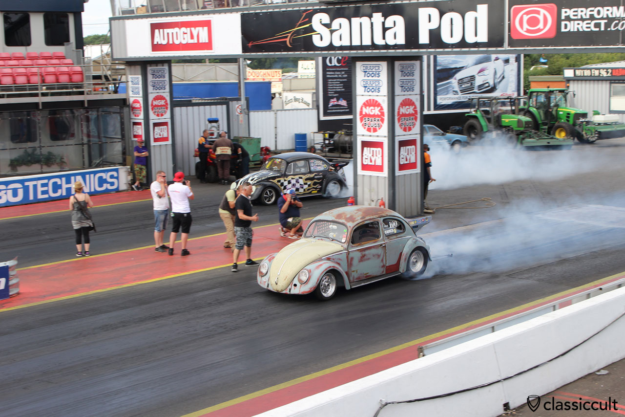 VW Oval Beetle burn out, Santa Pod Raceway 2015