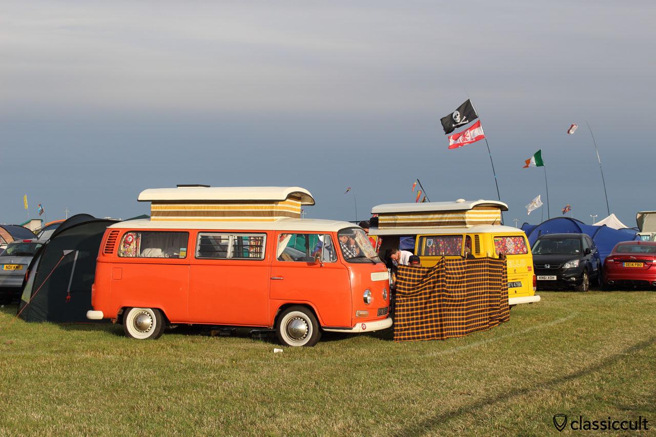 VW T2a Devon camper