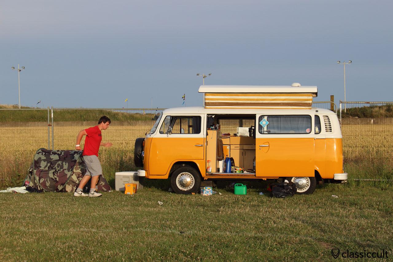 VW T2 Devon Camping Bus
