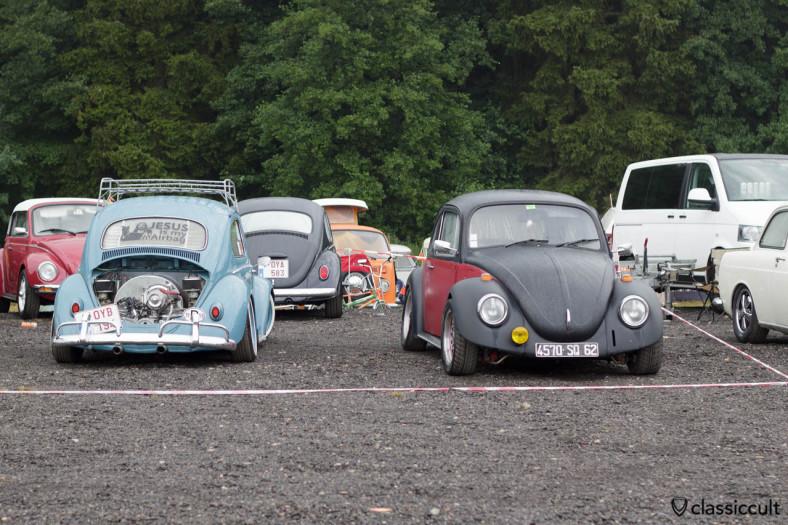 Slammed 1959 VW Beetle with chrome motor