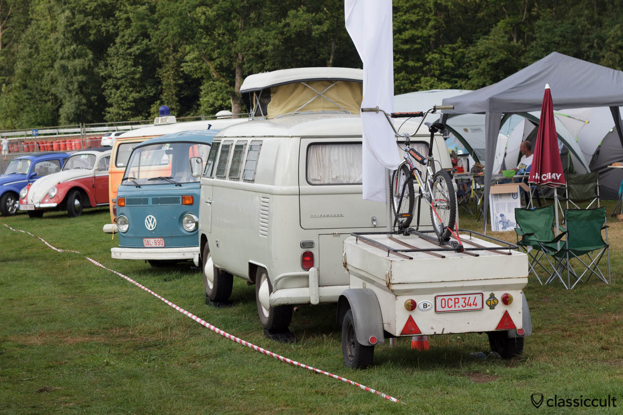Belgian VW T1 Bus with trailer