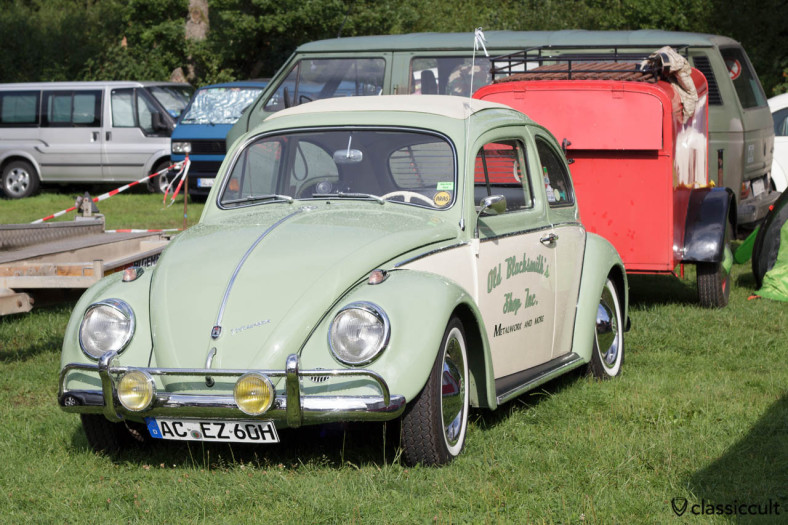 1960 VW Beetle with trailer