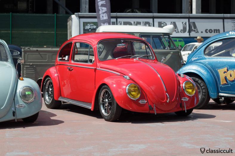 VW Bug with Billet T-Bars Bumper and yellow headlight