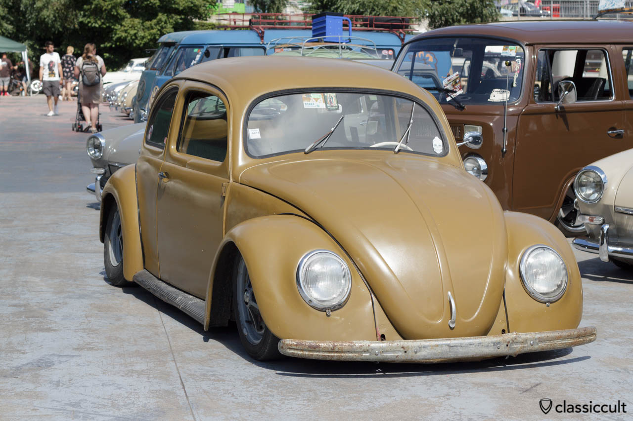 VW Split Window Beetle slammed
