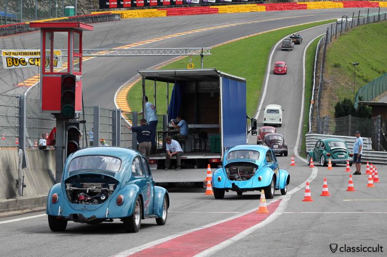 Racing Beetles on the way to Le Bug Show 2013 drag racing.
