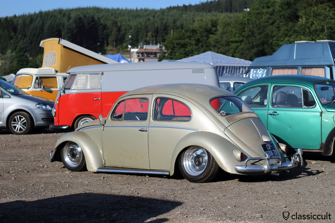 slammed golden VW Bug with semaphore