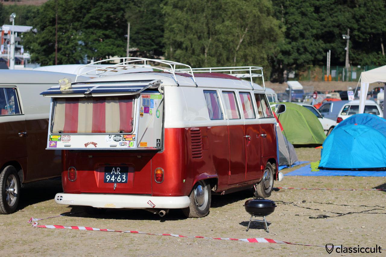 T1 Split Camper with bed extension
