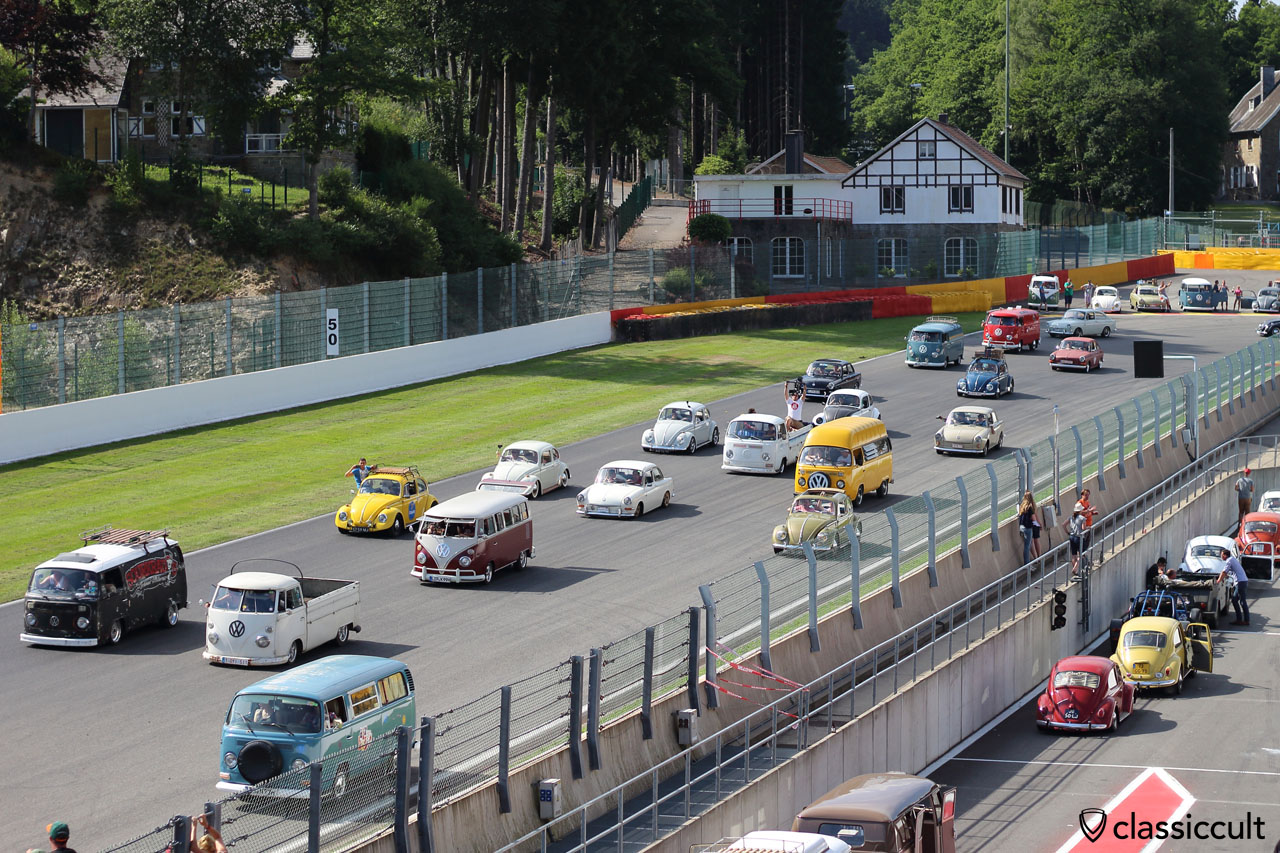 Aircooled Parade Circuit Spa-Francorchamps BugShow 2015
