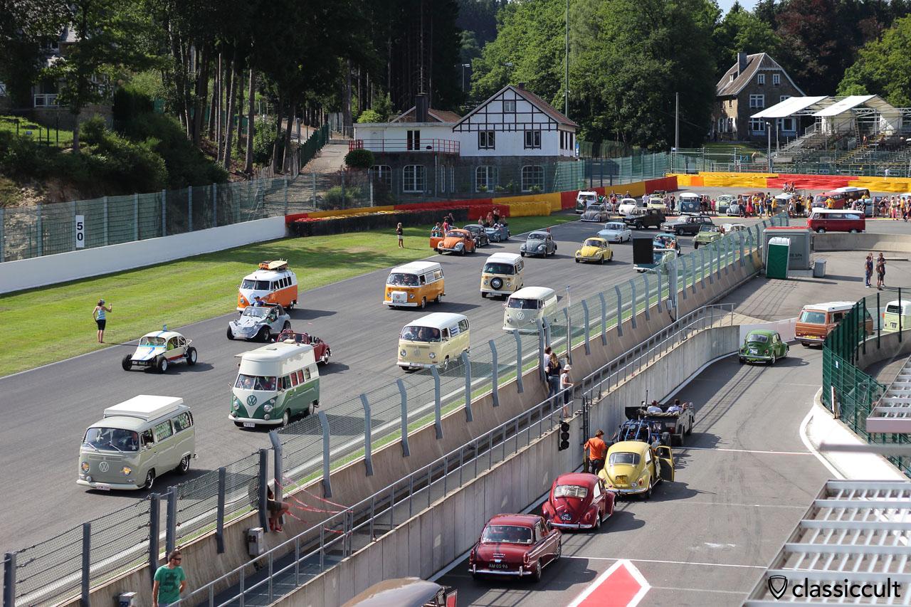 VW Parade Spa-Francorchamps Bug Show