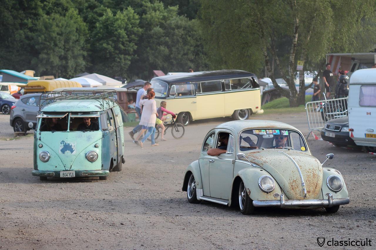 slammed VW Bug with albert swan neck