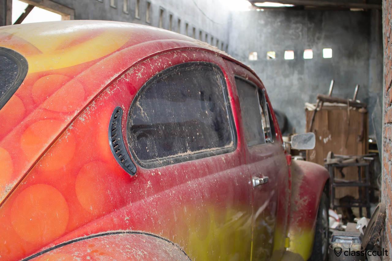 classic VW Beetle Banda Aceh - side