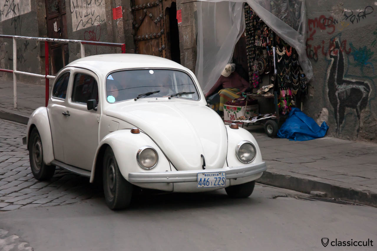 Classic VW Peta Beetle in La Paz, Bolivia, May 18, 2013