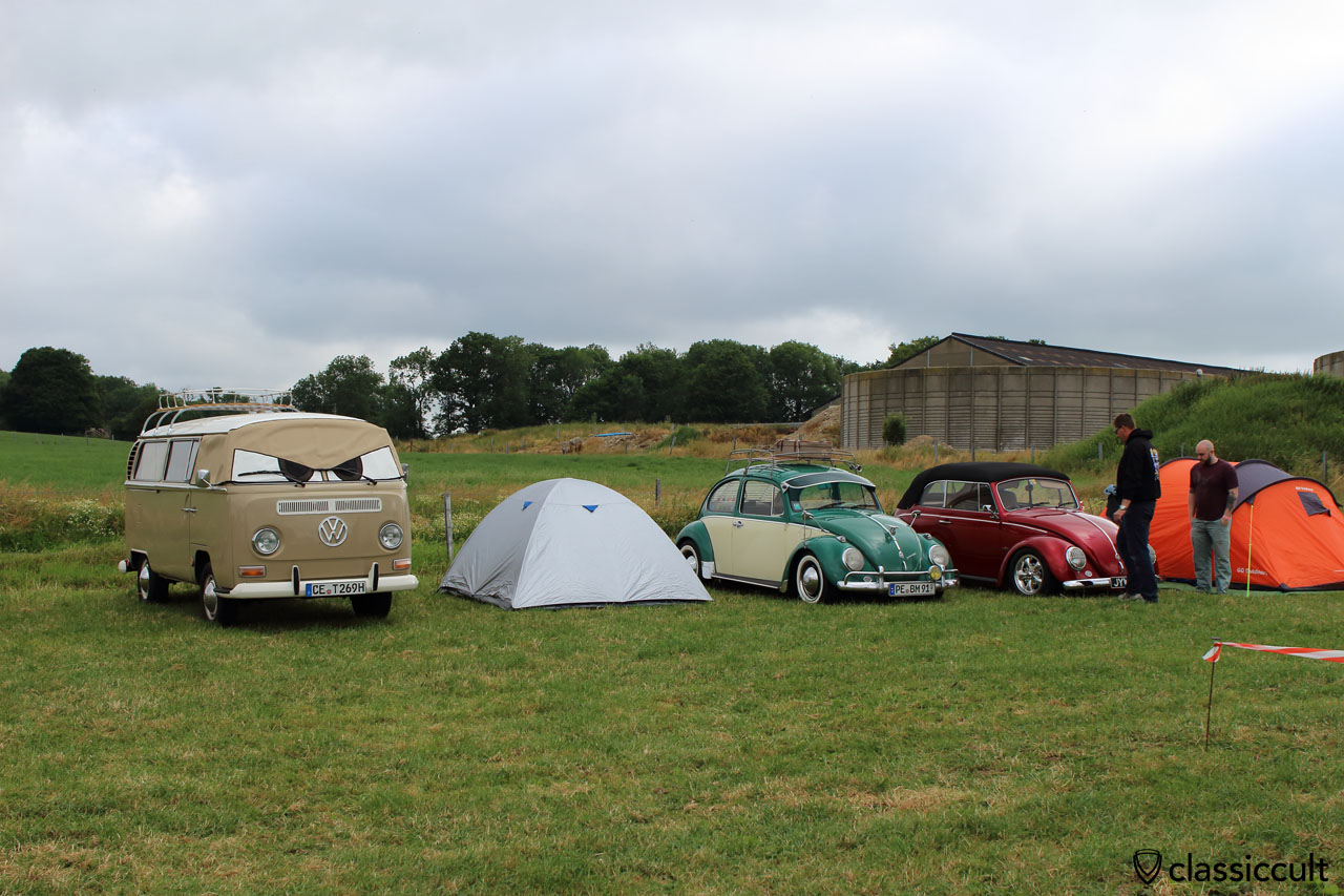 1969 T2b from Germany and VW Beetles at EBI #6 Campground