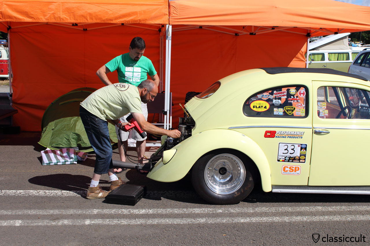 VW Oval Race Beetle gets the ignition set for the race at EBI 6 Chimay Race Track.