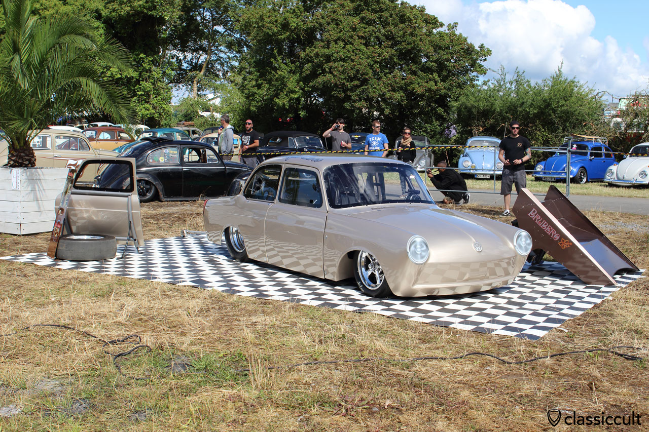 VW Type 3 drag race notchback