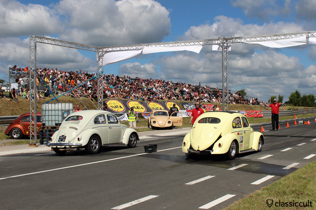 Two VW Oval Beetles ready for the drag race at Chimay Race Track, EBI 2015, 11:30 a.m.