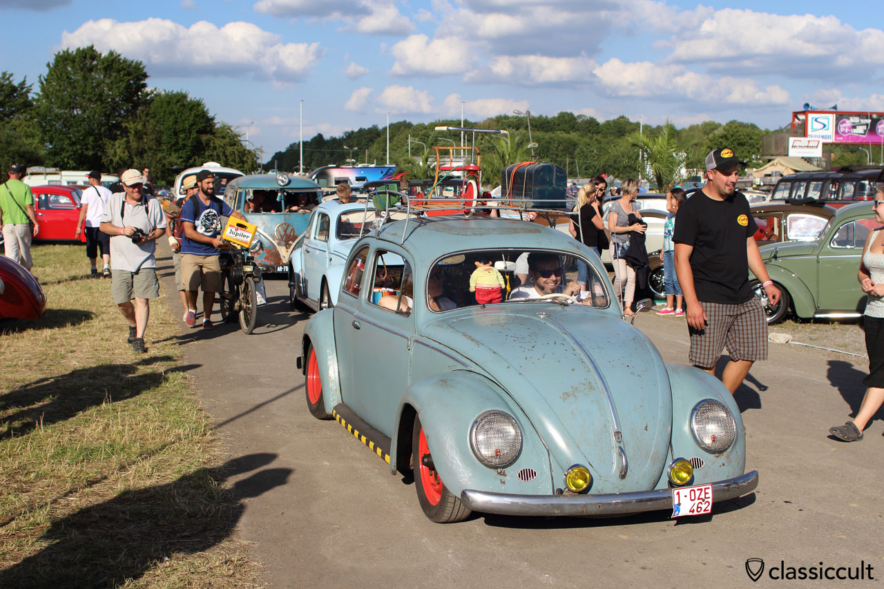 This great picture shows all the fun at European Bug-In 6 in Chimay 2015.