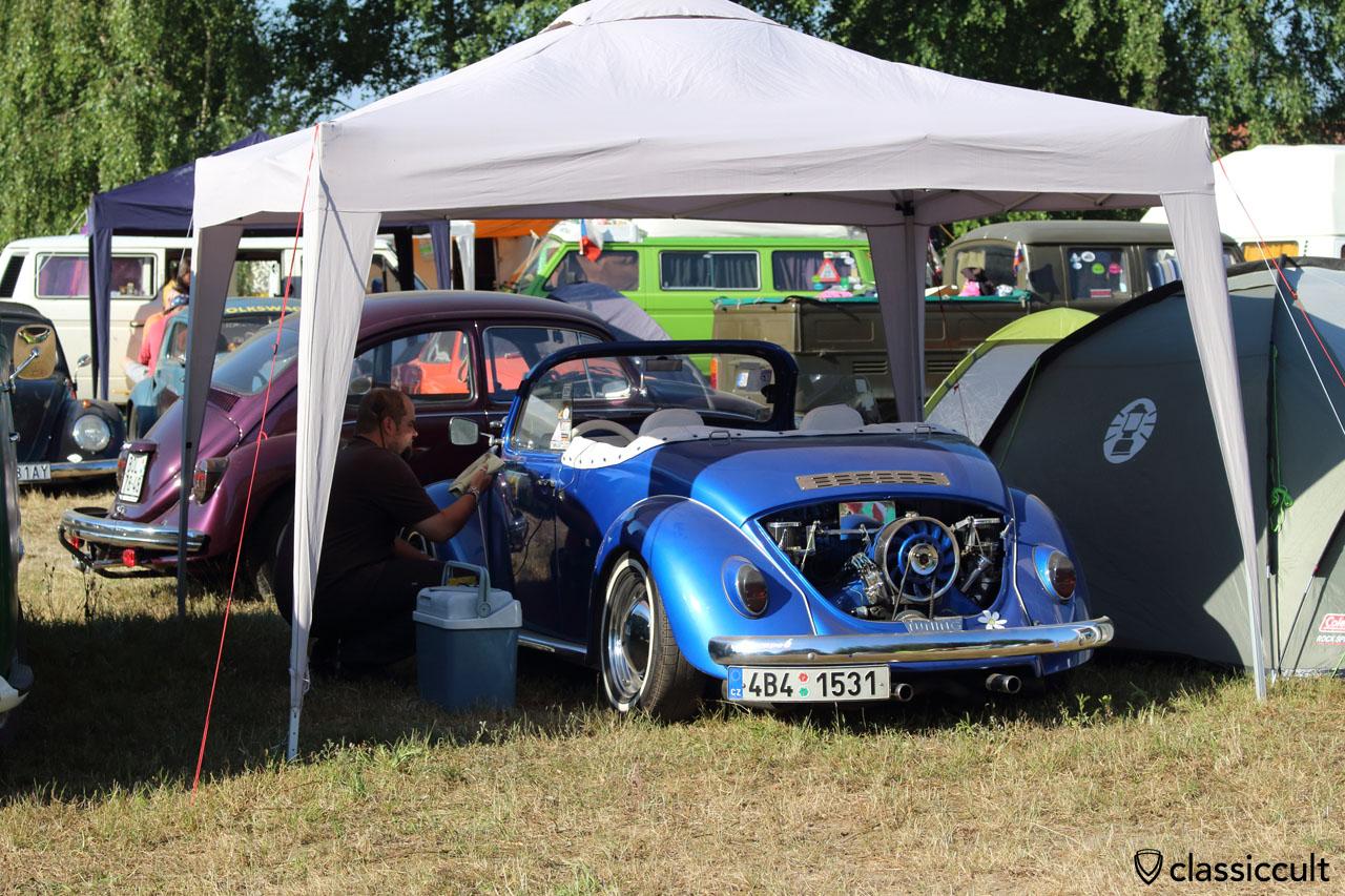 VW Speedstar Beetle gets cleaned