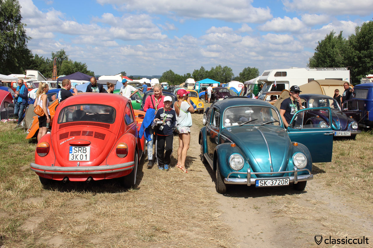 VW Fans getting ready for VW parade, 9:54 a.m.