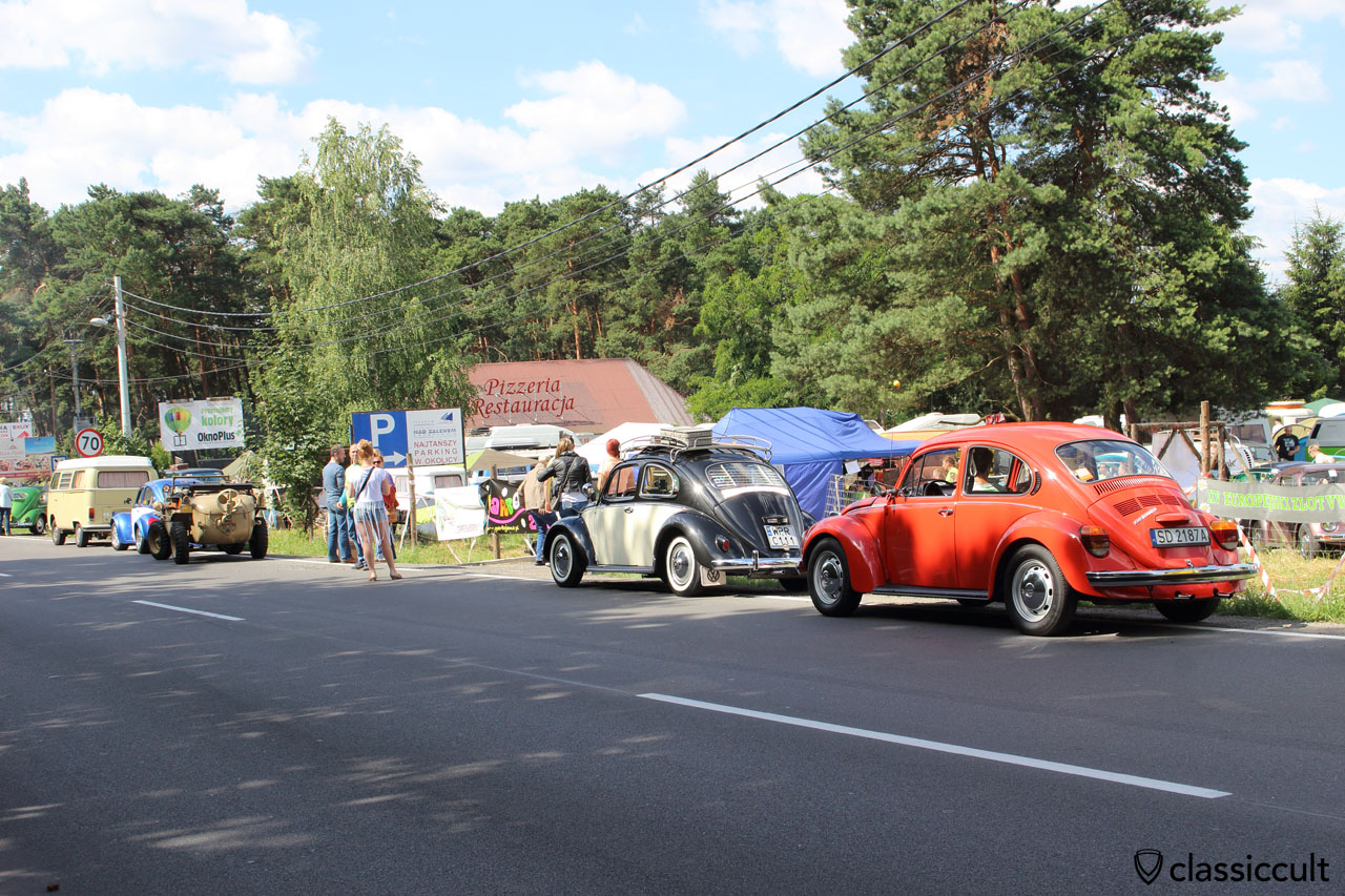 VW waiting for start of parade