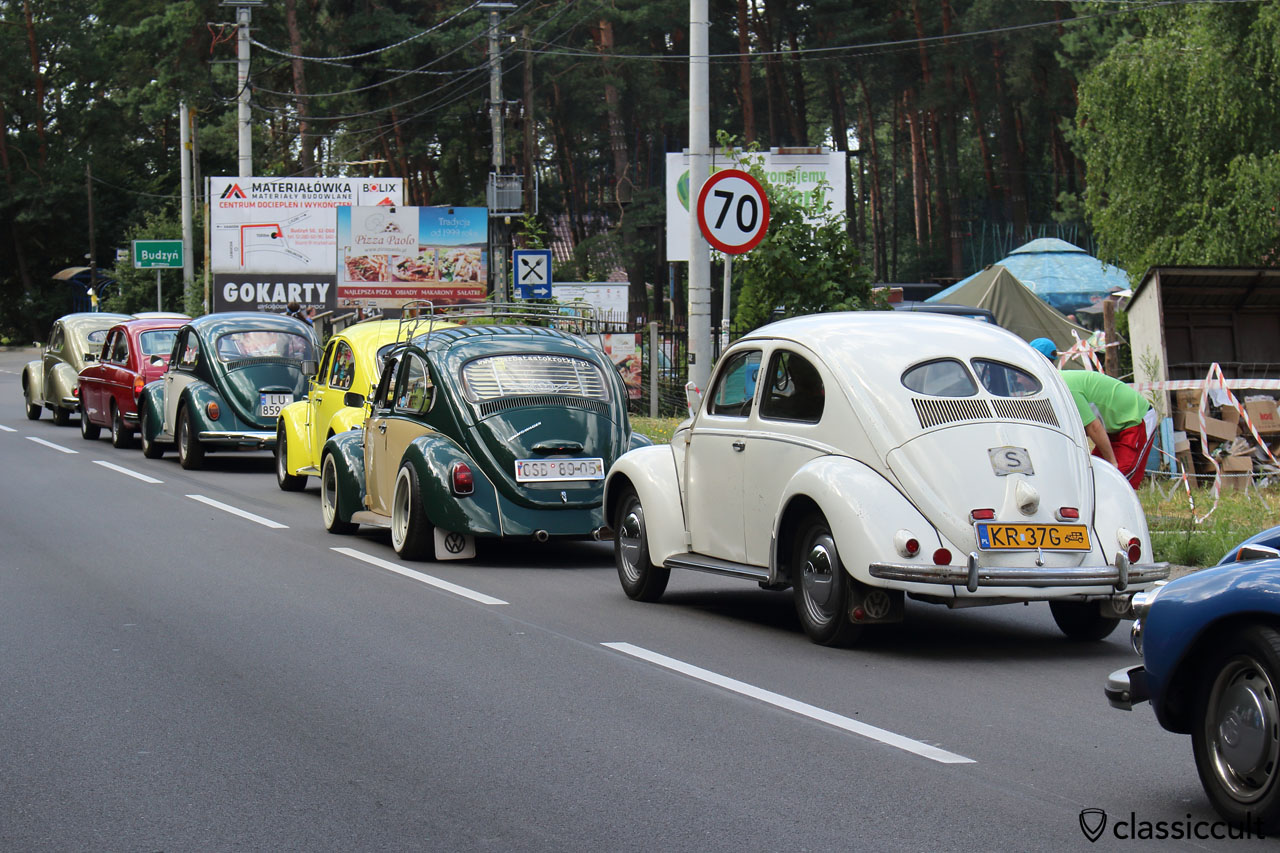 VW parade to the Wawel Castle