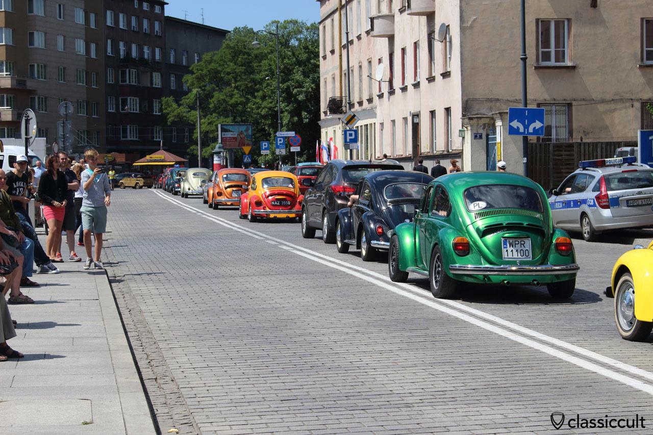 VW Beetles on the way back to Zalew Na Piaskach Budzyń-Kryspinów