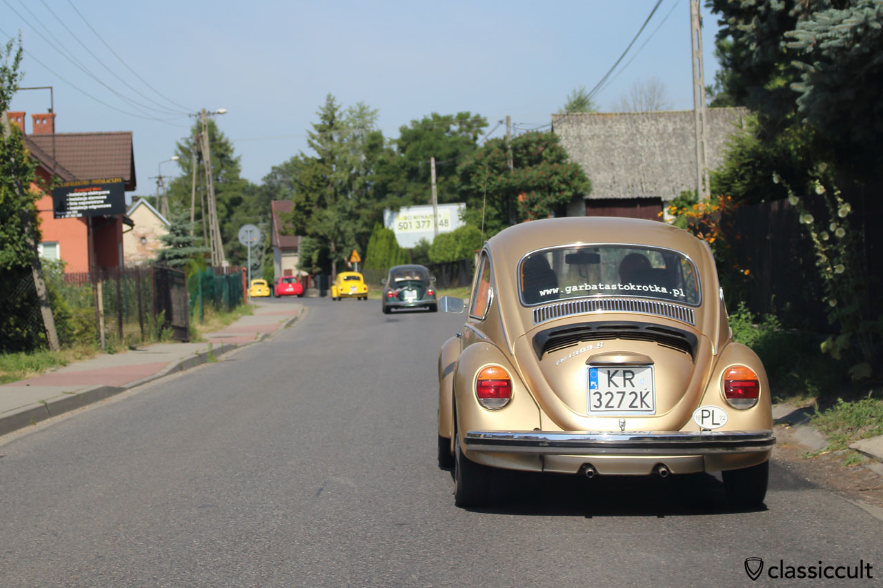 VW parade to church, village Mnikowa, Garbojama 2015