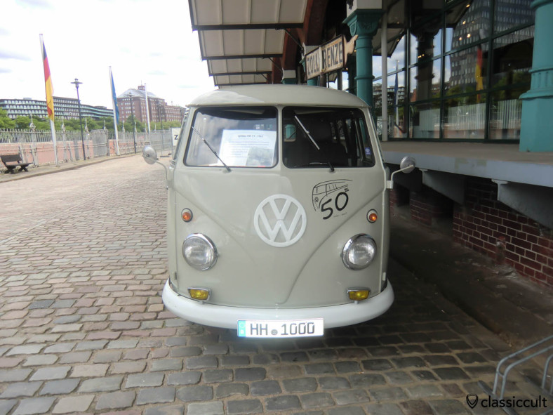 German Customs VW Split Bus with Bosch fog lights