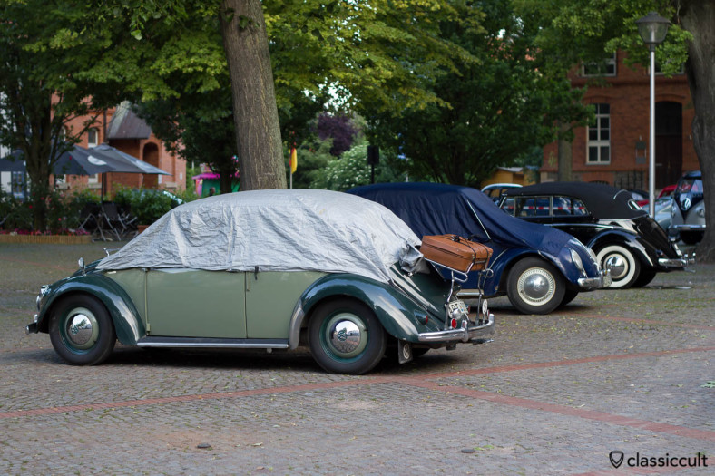 VW Split Vert sleeping at 6th International Vintage Volkswagen Show Hessisch Oldendorf, June 22, 2013, 6:24 a.m.