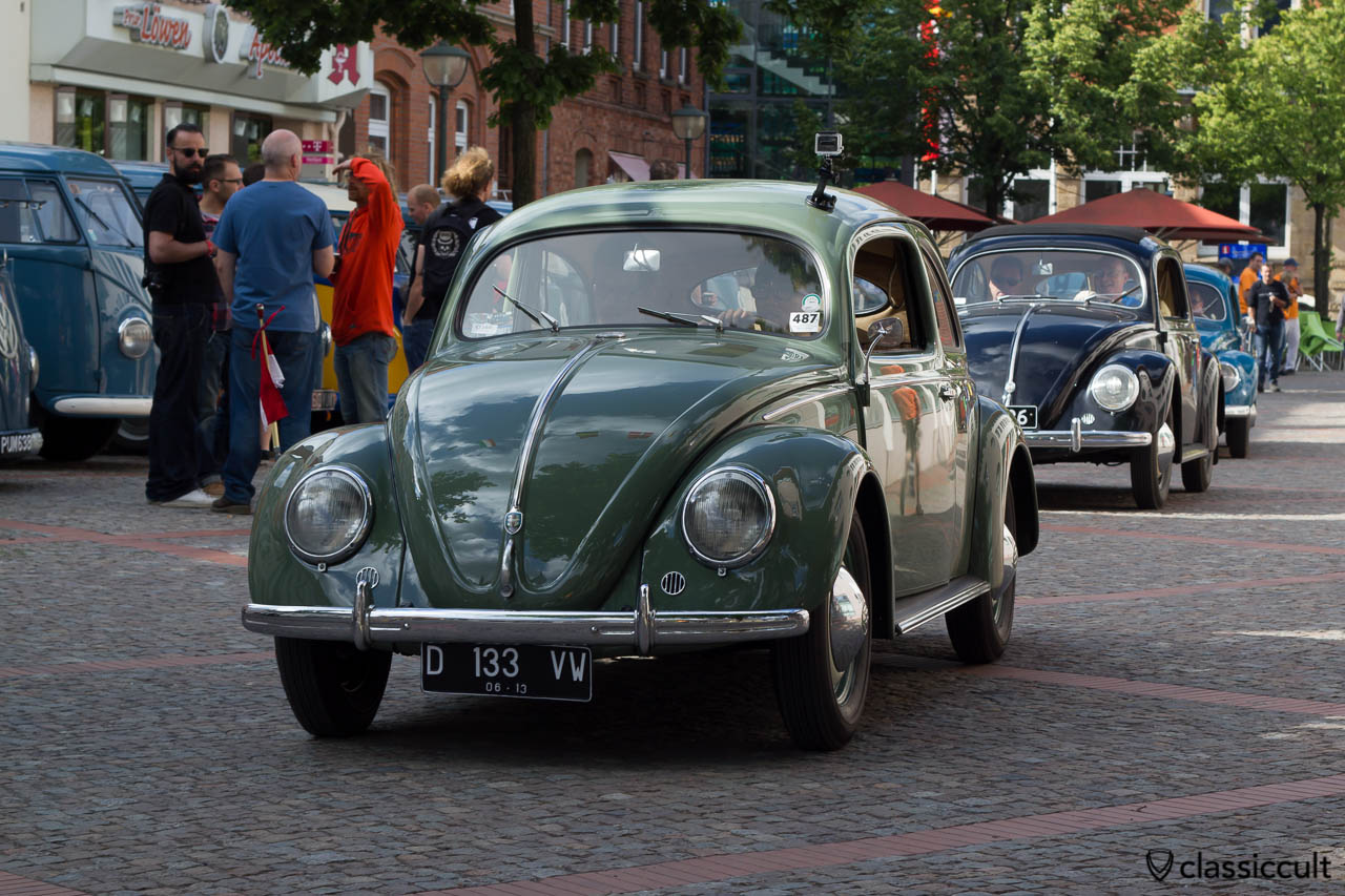 VW Split Beetles arriving at Hessisch Oldendorf Vintage VW Show 2013, 9:12 a.m.