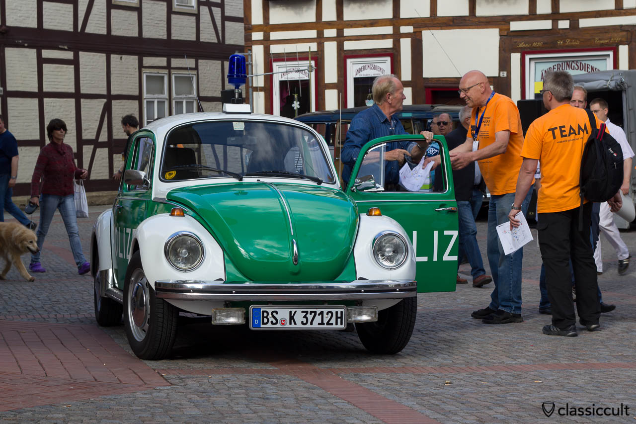 Polizeikäfer aus Braunschweig Deutschland, 6. Internationales Volkswagen Veteranentreffen in Hessisch Oldendorf 2013