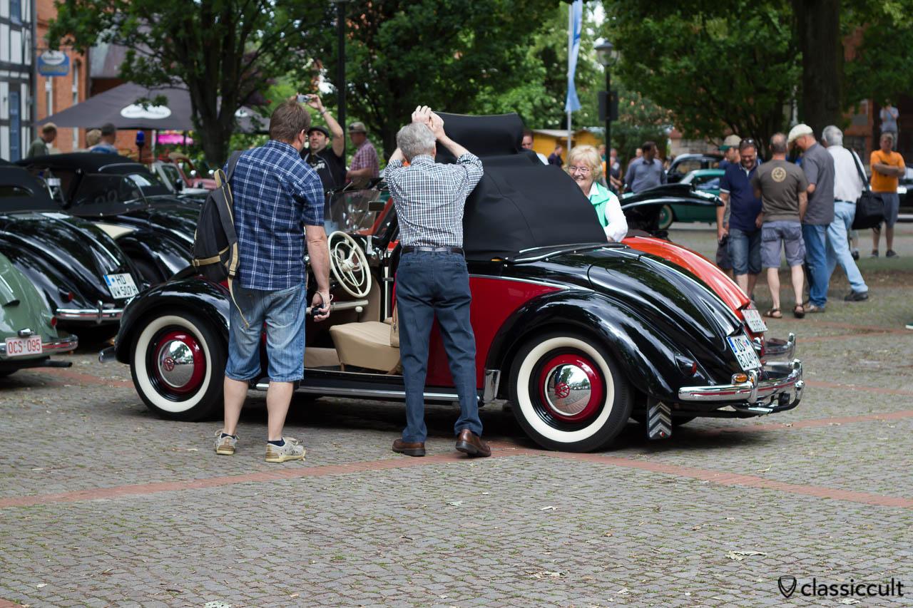 1949 Hebmüller aus Osnabrück, Heb Verdeck öffnen Schritt 1, Volkswagen Veteranentreffen in Hessisch Oldendorf 2013