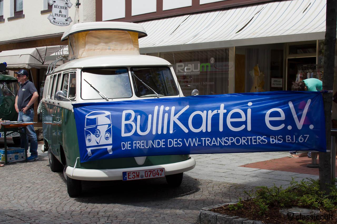 Bullikartei VW Transporter Freunde auf dem 6. Internationales Volkswagen Veteranentreffen in Hessisch Oldendorf 2013