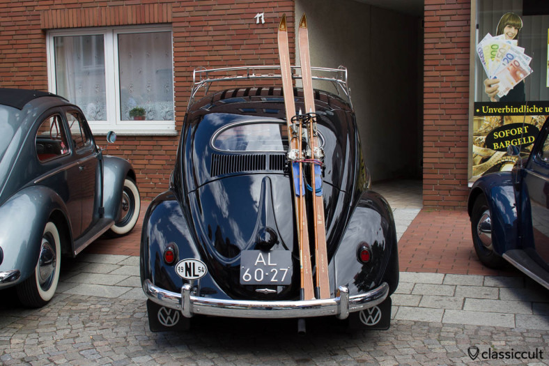 1954 Oval Bug with ski rack from Nederland, Hessisch Oldendorf VW Show HO 2013. I saw this Oval also at IKW 2013.